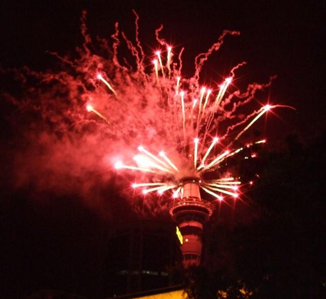 Feuerwerk am Skytower